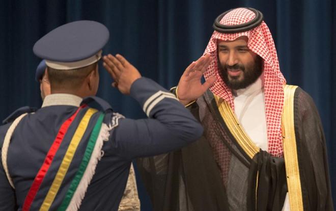 الأمير محمد بن سلمان يرعي